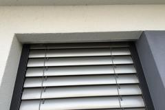 Raffstoren mit Fenster Integriert
