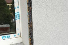 Vorbereitung der Fensternische für den Einbau der Klappläden