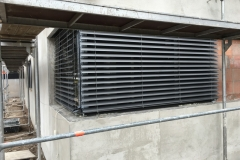Schüco Anthrazit Fenster mit 90 Grad Kopplung und Jalousien