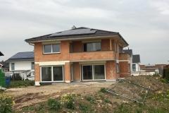 Einfamilienhaus mit Verbauten Schüco Fenstern